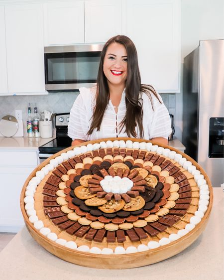 It's officially Summer which means it's officially S'mores season. This board is my favorite to deck out and this is probably my favorite board I've ever made. Easy entertaining at any cookout or bbq!   http://liketk.it/3gEhT #liketkit @liketoknow.it   #LTKunder100 #LTKhome #LTKDay Shop your screenshot of this pic with the LIKEtoKNOW.it shopping app @liketoknow.it.home