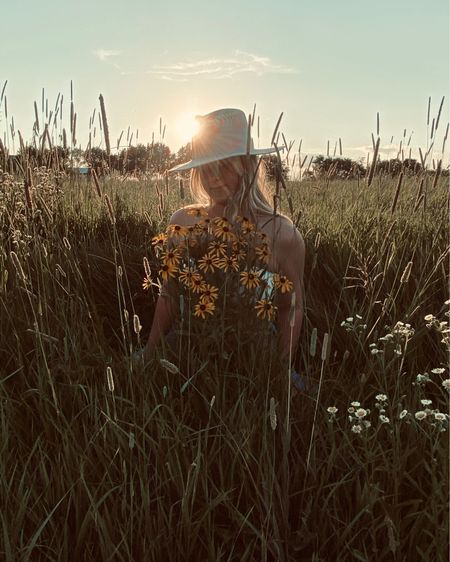 In a field where wildflowers bloom just like how your life can bloom and make a dream come true http://liketk.it/2QUsi #liketkit #LTKstyletip @liketoknow.it