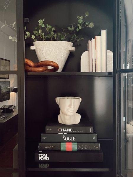 Bookshelf styling!   #LTKhome