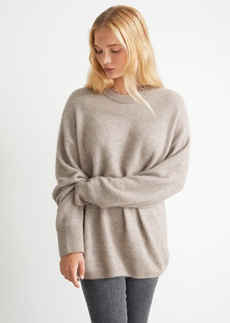 Oversized knit sweater perfect for the fall and winter months! Get cozy with this beautiful knit sweater   #LTKunder100 #LTKstyletip #LTKSeasonal  #LTKunder100 #LTKworkwear #LTKSeasonal