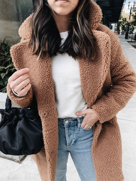 Teddy 🐻 coat appreciation post  ✌🏼. Linking a few in more options in the LTK app for you. This one is old A&F in an xs