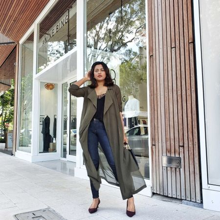 Still waiting for that Fall weather vibes to arrive in Miami 🌴 In the meantime I will just wear any Fall outfits I can find 😊 And this chiffon green duster is the perfect transition piece. Found some similar styles for you to check out at @liketoknow.it http://liketk.it/2GbuN #liketkit