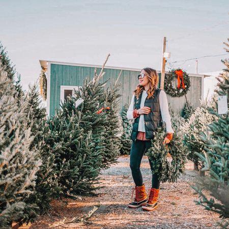A festive look for Christmas tree shopping http://liketk.it/2HLGu #liketkit @liketoknow.it #LTKunder100 #LTKunder50 #LTKholidaystyle