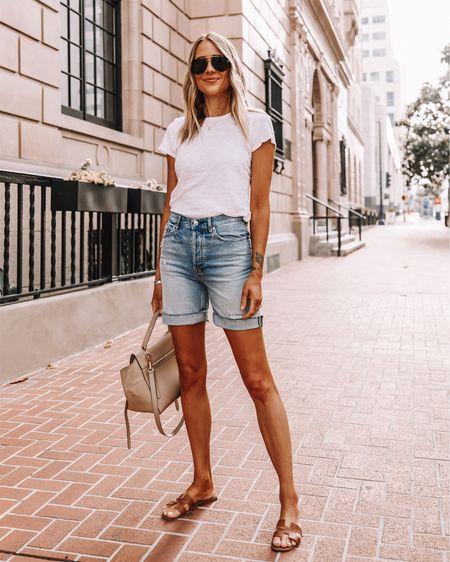 Fashion Jackson wearing denim shorts, jean shorts, long shorts, Bermuda shorts, everlane, sandals, sunglasses, summer fashion http://liketk.it/2QF6q #liketkit @liketoknow.it #LTKstyletip #LTKspring #LTKshoecrush #LTKunder100 #LTKunder50