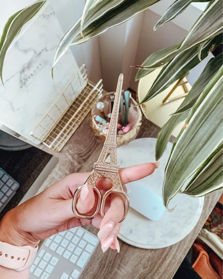People always ask me where I got these scissors! I've linked some of my favourite, inexpensive desk accessories! http://liketk.it/2UMZe @liketoknow.it #liketkit