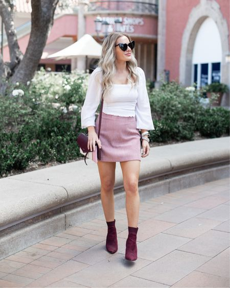 Breaking out those mini skirts again now that it's spring break and summer weather is coming up! Linked a few pretty white tops as well http://liketk.it/2LufQ #liketkit @liketoknow.it #LTKunder50 #LTKunder100 #LTKstyletip #LTKwedding #LTKshoecrush #LTKitbag