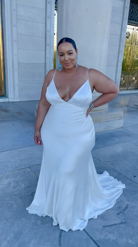 The most beautiful white dress! I would get married on this dress any day! Plus size, bride, wedding, wedding guest, white dress, bhldn   #LTKwedding #LTKcurves