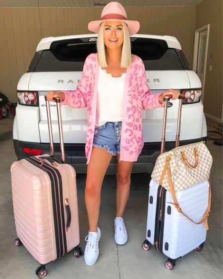 Travel look: pink leopard print cardigan (Use KELSIE15 for 15% off) and pink felt hat!! http://liketk.it/2DIKJ @liketoknow.it #liketkit