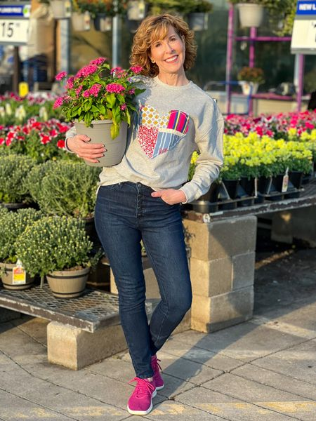Oversized sweatshirt, fall sweatshirt, high rise button front jeans, button front skinny jeans, high rise skinny jeans  This cozy sweatshirt comes in several different patterns. It has a roomy fit (it's supposed to be oversized) which makes it perfect for a weekend look! It also comes in plus size!  #LTKSeasonal #LTKunder50 #LTKstyletip