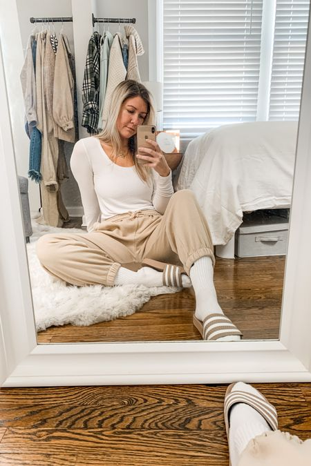 Happy 🐪 day, everybody! Keeping it comfy in these @hm basics for today's #OOTD.  They're super affordable and easy to mix, match and layer!    Follow me on the LIKEtoKNOW.it shopping app to get the product details for this look and others! http://liketk.it/39DCN #liketkit @liketoknow.it #StayHomeWithLTK #LTKunder50 #LTKstyletip