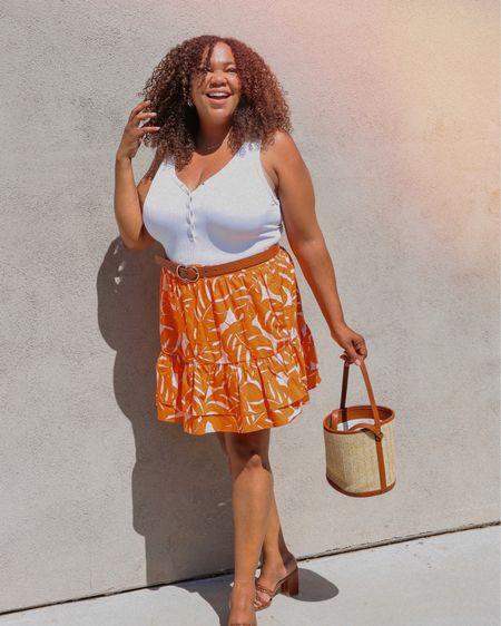 Throw on a mini skirt.. I pulled out all of my summer skirts out. Another easy item to thrown on. I go for fun prints that flare out. I keep everything else simple so that the print & the skirt can stand out!  Pretty much every one I own is from @whowhatwearxtarget scroll over to see my ruffle skirts.  I'm wearing an xxl. Linked in my Liketoknowit & IG shop. Go to the link 🔗 in Bio. http://liketk.it/3iAd4 #liketkit @liketoknow.it  ——————————————————————————— 🇩🇴 Ponte una minifalda. Saqué todas mis faldas de verano. Otro artículo fácil de poner. Yo prefiero estampados divertidos con volantes. ¡Mantengo todo lo demás simple para que el estampado y la falda puedan ser el centro de atención!  Casi todas las que tengo son de @whowhatwearxtarget, desplázate para ver mis faldas con volantes. Llevo un xxl. Vinculado en mi tienda Liketoknowit & IG. Ve al enlace 🔗 en Bio.