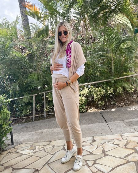 LOVING this set right now and for after pregnancy! It's beyond soft and perfection. @liketoknow.it.family #liketkit @liketoknow.it http://liketk.it/3cJyx