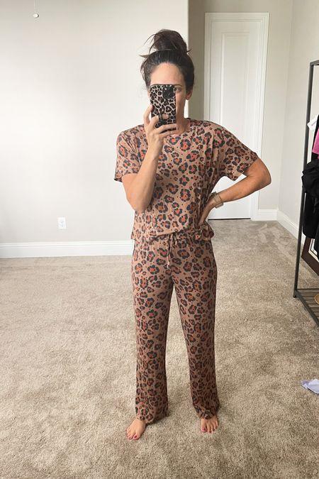 Soft and sleeky pajamas! Nordstrom sale find   #LTKsalealert #LTKstyletip #LTKunder50