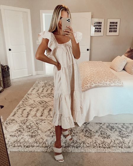 Petal and pup try on haul with discount code SHEA20 for 20% off! Linking my favorite midi dresses, Maxi dresses, casual dresses, summer dresses, spring dresses, pink dress, wedding guest dresses, and outdoor summer dresses here along with some shoes and cute accessories to match! @shealeighmills @liketoknow.it #liketkit #LTKsalealert #LTKshoecrush #LTKtravel http://liketk.it/3hHq4