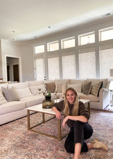 One of my favorite interior designers @amberinteriors collabed with my favorite rug maker @loloirugs and it's magic! Check out the entire collection on @wayfair @rugsdirect @amazon  #LTKhome