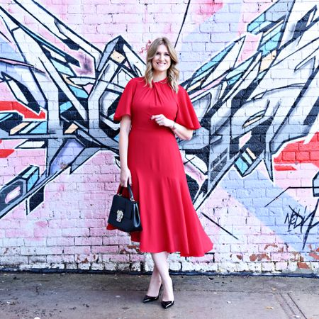 This dress deserves to be seen from all angles and worn for all occasions. 📸 @litbeautyandphoto. @liketoknow.it #LTKholidaystyle #LTKholidaywishlist http://liketk.it/2yoEy #liketkit