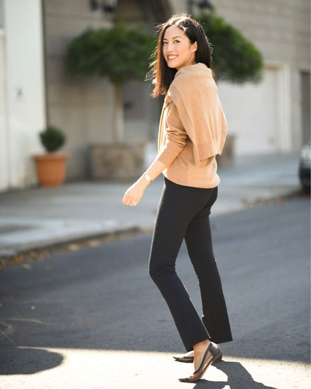 Feels like leggings - looks like pants!   #LTKfit #LTKunder100 #LTKstyletip