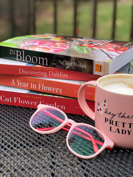 Just sharing my current favorite flower books! Whether you use them to gain garden and flower knowledge, use them as flower painting inspiration or just need some gorgeous coffee table books, I can highly recommend all four of these! Each one is just so beautiful and informative! http://liketk.it/3b5Al #liketkit #LTKunder50 #LTKhome @liketoknow.it #gardening #gardeningbooks #flowers #flowerbooks #floret #coffeetablebooks