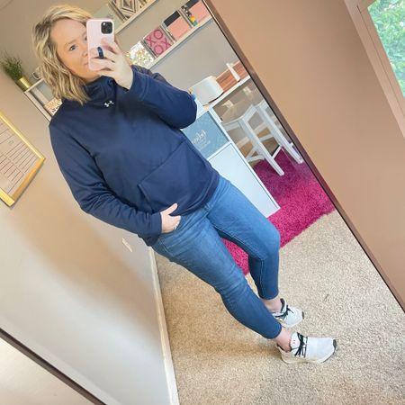 Saturday uniform for this sports mom ⚾️ ⚽️ ❤️ http://liketk.it/3eOso @liketoknow.it #liketkit