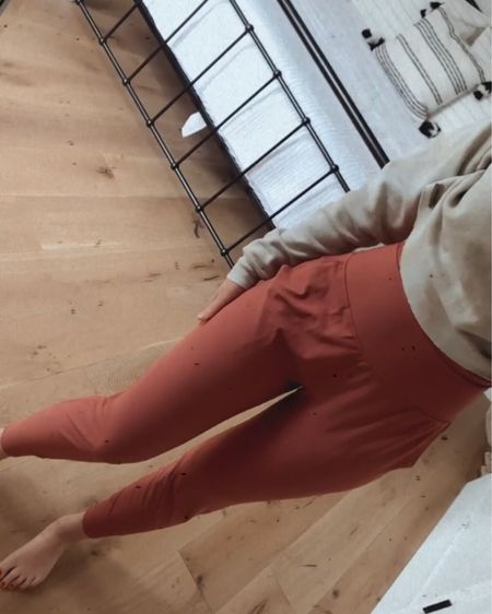 The jogger pants you NEED for under $50 🙌🏼 @liketoknow.it #liketkit http://liketk.it/3e5zC