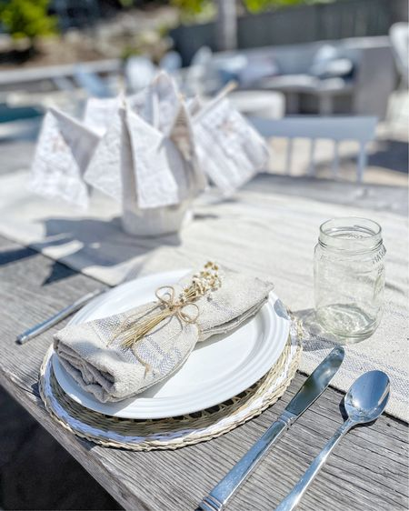 http://liketk.it/3iuXE #liketkit @liketoknow.it #LTKhome #LTKstyletip #LTKunder50  Getting summer tablescape ideas for book club in a couple of weeks!