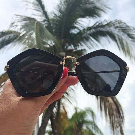 Perfect Summer Weather today ☀️🌴😎Shop sunnies just like these right here at @liketoknow.it www.liketk.it/ywko #liketkit #thecityslickerblog #catchmeifyoucan