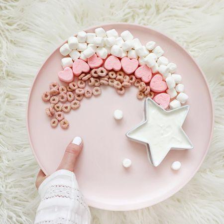 Shooting star little ones snack (ingredients below) align with vanilla yogurt   #LTKhome #LTKkids #LTKfamily