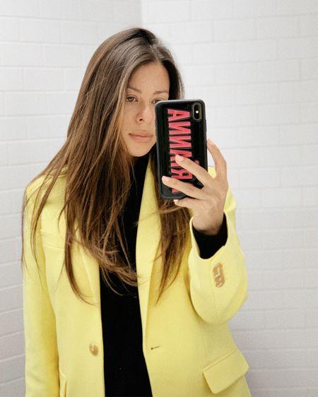 Just a little neon yellow to brighten up this gloomy day 🐝🍋🌻🐥💛 http://liketk.it/2KebD #liketkit @liketoknow.it #LTKstyletip #LTKworkwear