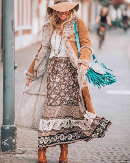 Getting ready for autumn 🍂 🍁 In this vintage inspired look   #LTKstyletip #LTKautumn #vintage @liketoknow.it #liketkit http://liketk.it/2W6XR