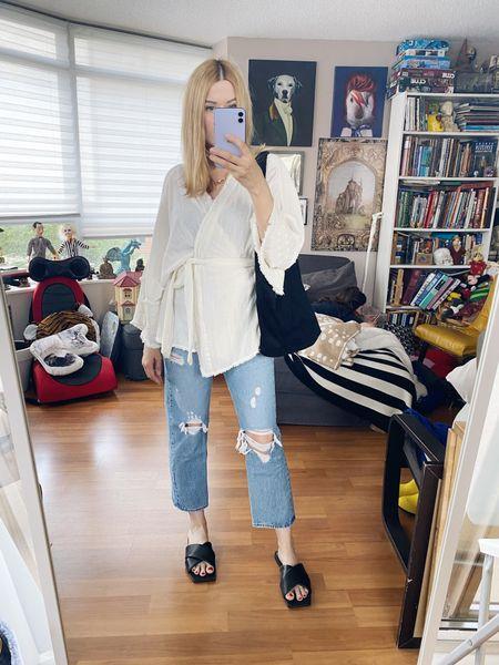 Grocery shopping time. I hate grocery shopping. . .  #oversizedShirt #SummerLook #zaraShoes  #StyleOver40  #levis  #StayAtHomeMomStyle  #FashionOver40  #OutfitIdeas #everlaneBag #TorontoBlog #MumStyle #jennyBird #OversizedButtonUp #levis501s #WhoWhatWearing #Over40Style #40PlusStyle #Stylish40s  #blackSlides #HighStreetFashion #StyleIdeas #DailyOutfits  #LTKshoecrush