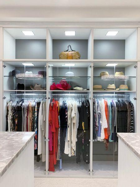 Love these crystal clear hangers! They look beautiful in this closet! || #hanger #closet #closetorganization #closetstorage #organization   #LTKhome