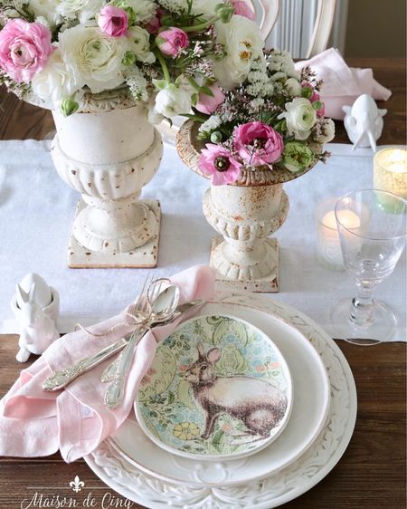 Looking for Easter table ideas? I've got lots of casually elegant tables that are easy to recreate!#tablescape #eastertable #easterdecor #springtable #tablesetting http://liketk.it/3bJOv #liketkit @liketoknow.it @liketoknow.it.home #LTKhome #LTKstyletip