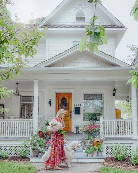 Front porch style 🤍 #liketkit @liketoknow.it http://liketk.it/3jevr