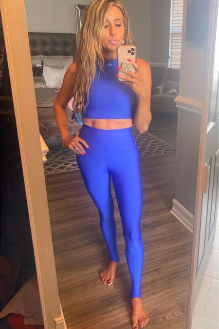 Could not be more in love with this blue Alo set. Wearing a small in the top and XS in the leggings 💙  #LTKfit #LTKunder100 #LTKstyletip
