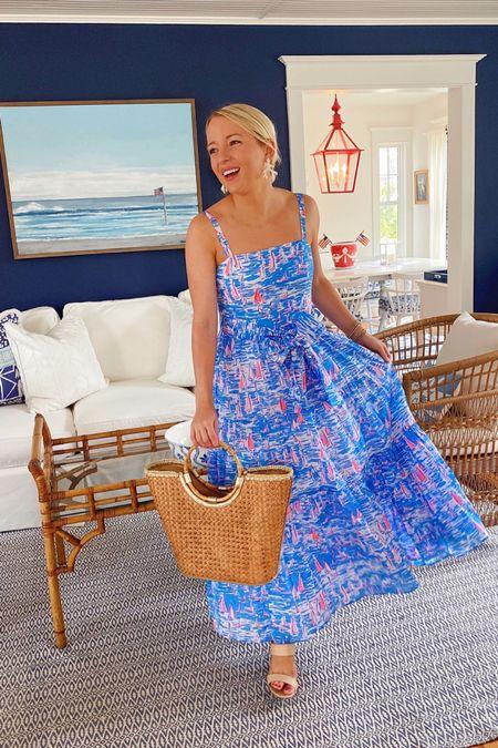 Lilly Pulitzer Sunshine Sale! This dress is included & runs true to size ⛵️💙 #LillyPulitzer #SunshineSale #BeTheSunshine #LTKSaleAlert