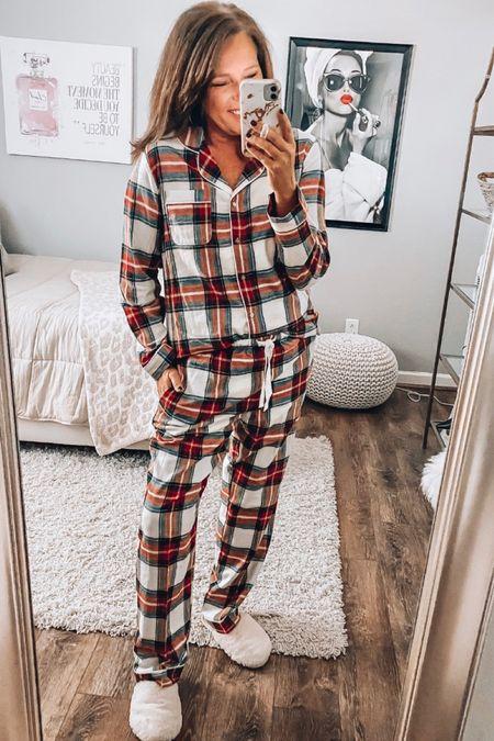 Holiday pajamas, flannel pajamas, loungewear, plaid holiday family pajamas   #LTKsalealert #LTKHoliday #LTKunder50