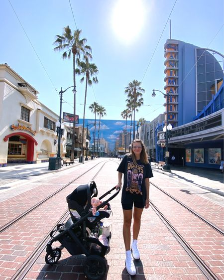 http://liketk.it/3jSbj #liketkit @liketoknow.it #LTKbaby #LTKtravel #LTKfamily Disneyland casual comfy outfit!