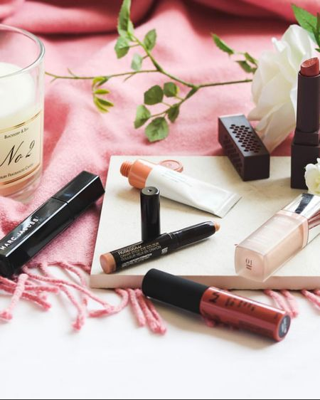 Everyday makeup staples in my makeup bag http://liketk.it/37NJC lipsticks, blusher, mascara, concealer, liquid lip. A simple natural look @liketoknow.it #liketkit #LTKbeauty #LTKunder50