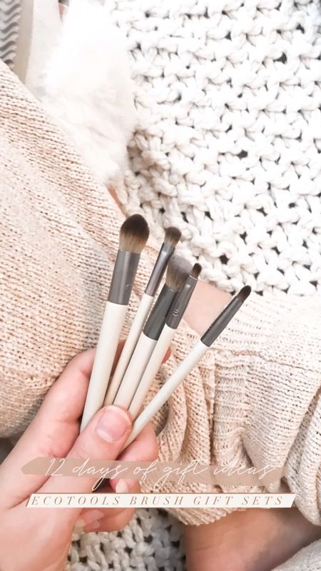 Beauty gift idea that's adorable and eco friendly: Ecotools brush sets! I love their brushes and they are always my go-to for an affordable makeup brush! Such a good holiday gift idea for the beauty lover on your list. Reviewing the defined eye set that's only $9!   #LTKgiftspo #StayHomeWithLTK #LTKbeauty