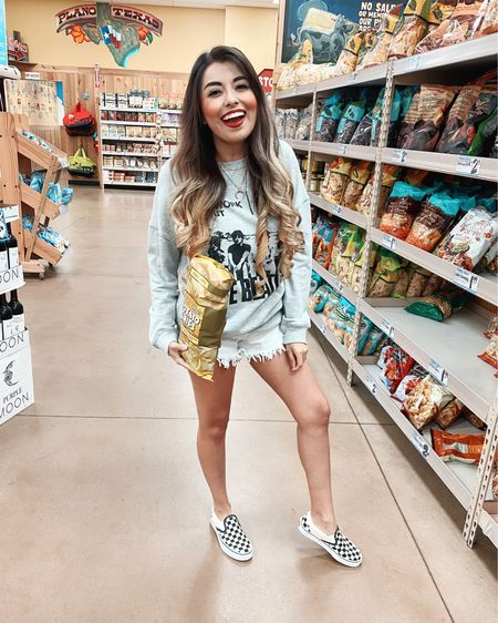 Literally my face every time we stop by the sweets or chips aisle when grocery shopping! 🙈 Any body else a serious snacker? The hubby and I love our potato chips lol! ✌🏼💋  #liketkit @liketoknow.it http://liketk.it/2PDLD #LTKspring #LTKstyletip #LTKunder50 @liketoknow.it.home You can instantly shop all of my looks by following me on the LIKEtoKNOW.it shopping app