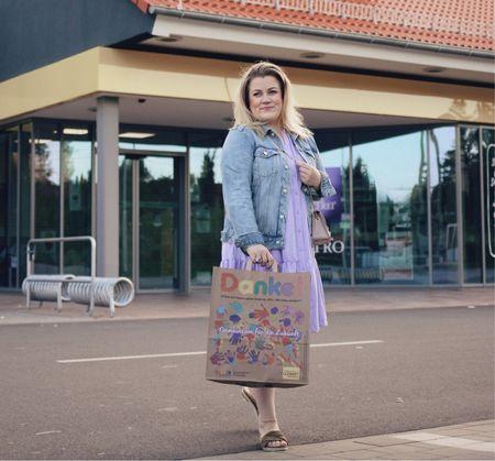 Lila Sommerkleid mit Volant, süßes Sommerkleid, Sommerkleid, Lila Kleid, Sommerlook, entspannter Sommerlook  #LTKcurves #LTKeurope