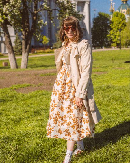 Enjoying spring in favorite floral dress 🌸 Oufit details: @liketoknow.it http://liketk.it/3fnJX #liketkit #LTKeurope