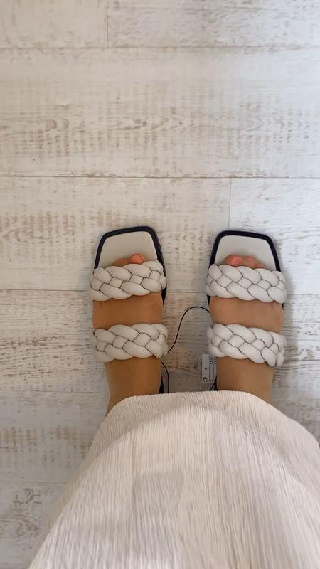 Smart casual sandals - woven sandals - braided sandals - chunky sandals - grey sandals - neutral sandals - slides - sliders - H&M braided sandals - H&M sandals   #LTKunder50 #LTKshoecrush #LTKeurope