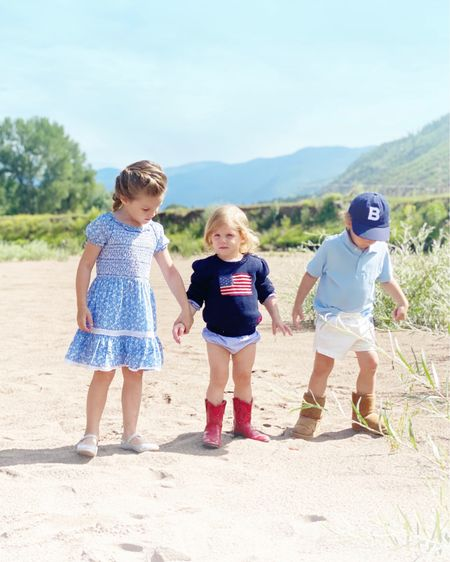 All the kiddos are loving the Colorado weather. Linking their outfits below! #LTKfamily #LTKkids #liketkit @liketoknow.it http://liketk.it/2TEFq