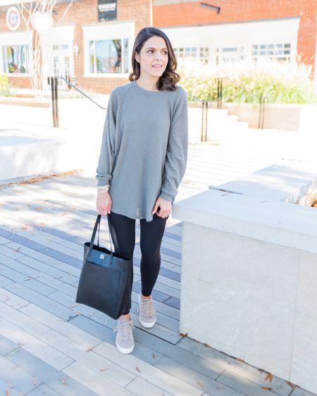 Shop the Mint tunic, Lululemon leggings, Madewell transport tote http://liketk.it/3hktx #liketkit @liketoknow.it #ltkday