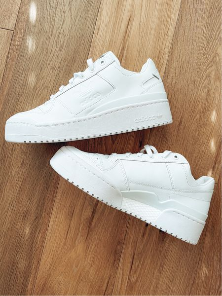 Shoe crush! Everyone needs a pair of white sneakers, it goes with everything xxx  #sneakers    #LTKstyletip #LTKshoecrush #LTKunder100