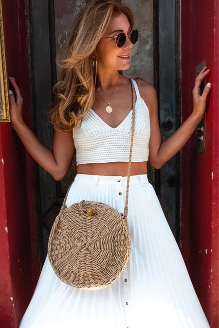 White outfit for summer @liketoknow.it #liketkit http://liketk.it/2CdRb
