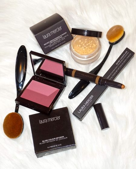 Check out these beauty products and start off your New Year ready to shine✨  These Laura Mercier products and others are linked below✨    You can instantly shop my looks by following me on the LIKEtoKNOW.it shopping app or use my link when you download the LIKEtoKNOW.it app | http://liketk.it/2L9R3 #liketkit @liketoknow.it   #LTKfamily #liketkit   #LTKstyletip #LTKbeauty #LTKNewYear