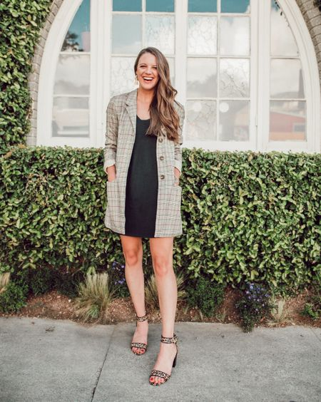 """Figuring out how to style a blazer can be tricky, right? Today I'm sharing my """"opposites attract"""" style tip for nailing your outfit every time! See what I mean in the post 😉 Everything I'm wearing here is TTS other than the shoes-size down with those! Download the LIKEtoKNOW.it app to shop my outfit! @liketoknow.it #liketkit http://liketk.it/2xx8r"""