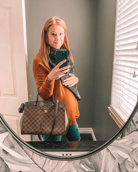 Screenshot this pic to get shoppable product details with the LIKEtoKNOW.it shopping app    http://liketk.it/3a2X6 @liketoknow.it #liketkit #LTKbump #LTKworkwear #LTKstyletip